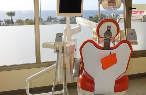 Implantes Tenerif, Dentalit